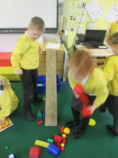 Testing whether the shapes roll or slide