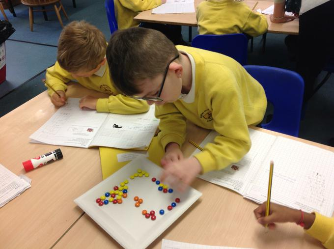 Counting amounts of Smarties!