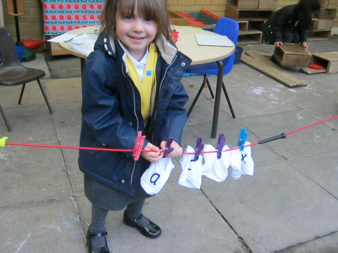 Tricky words washing line