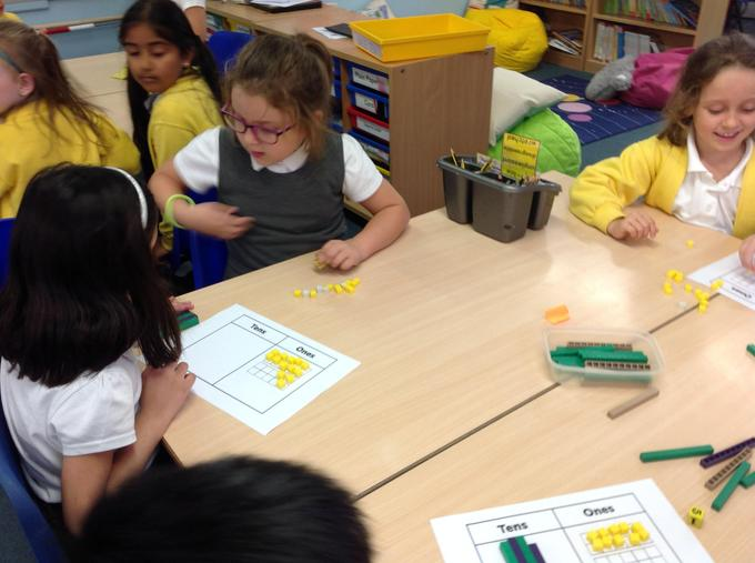 Using our tens and ones to help us subtract