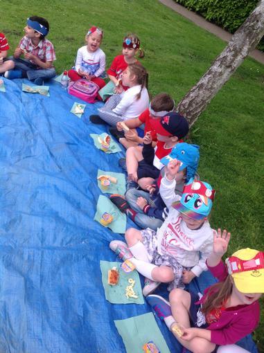 Royal picnic lunch