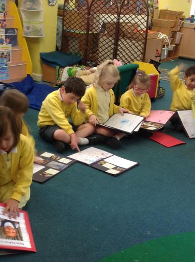 Looking and sharing our Learning Journals