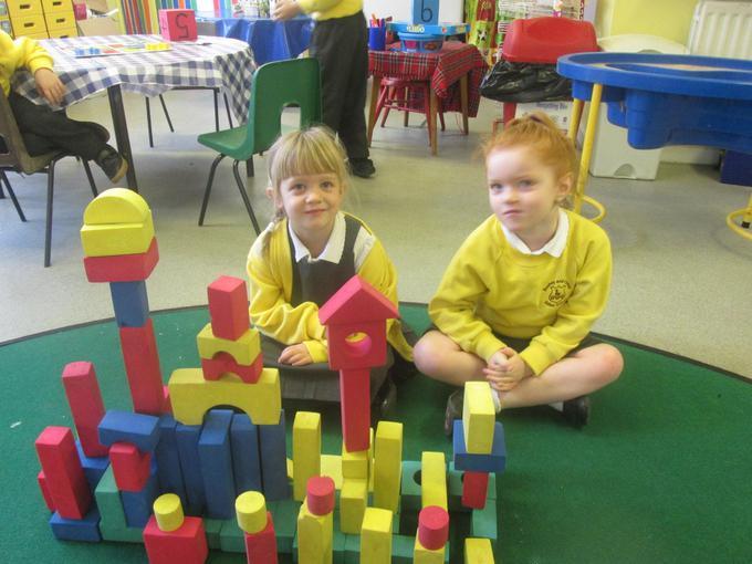 Making a castle using 3D shapes