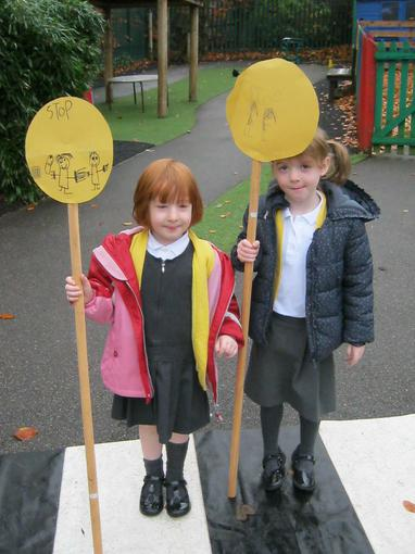 making our own Lollipop signs