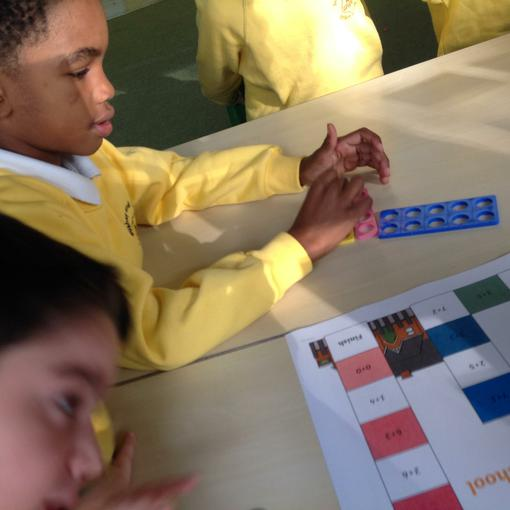 Using Numicon to play an adding game