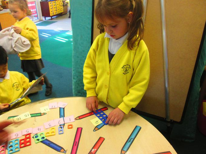 Using Numicon to create large numbers