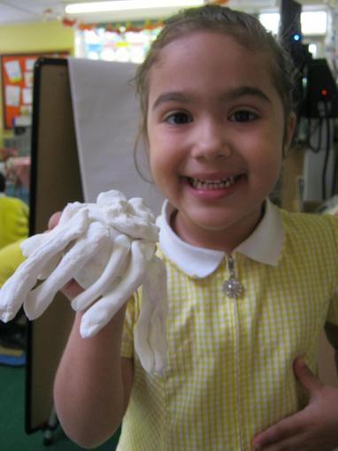 Using air dough to make sea creatures