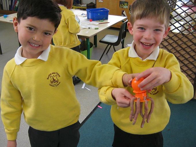 creating playdough octupus