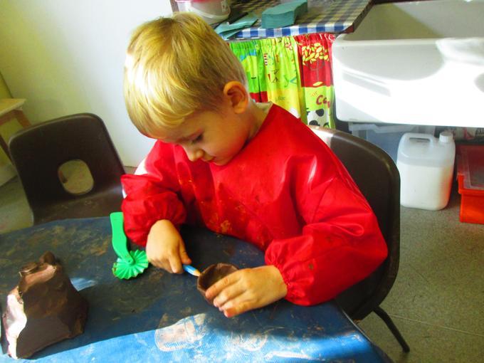 Using clay to make Divas