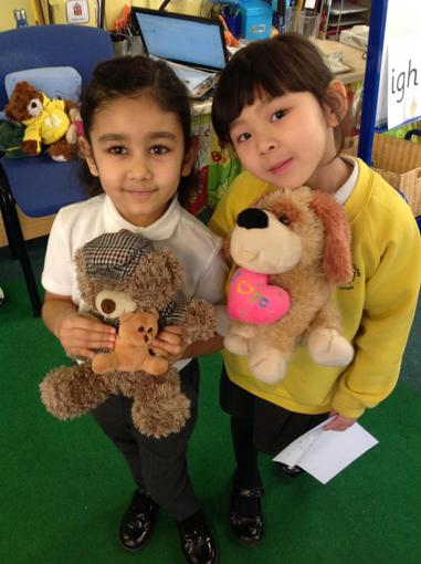 Welcoming our teddies to school
