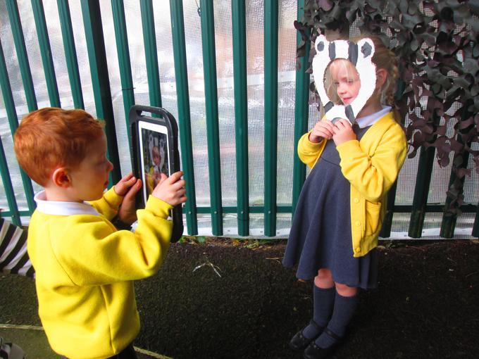 Using iPads to take photographs