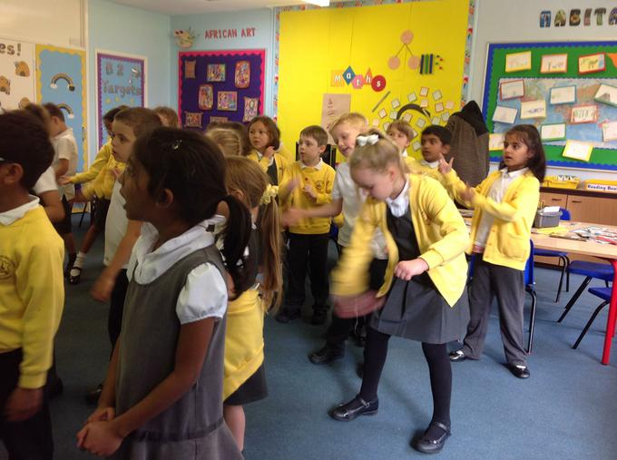 Dancing along to African music