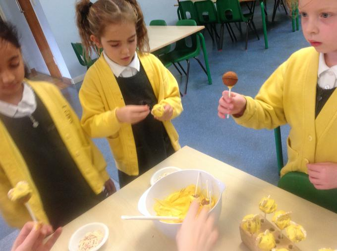 Making our Pudsey Pops!