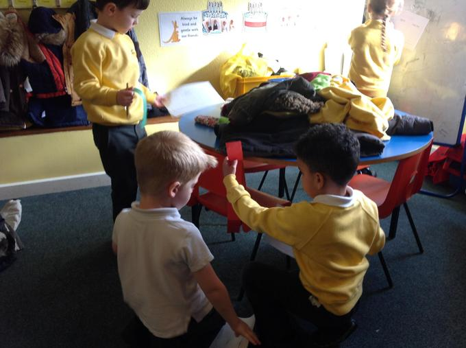 Which objects are longer?