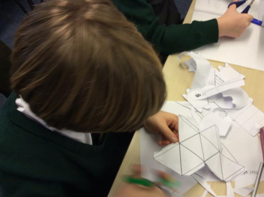 Making A 3D shape from a net