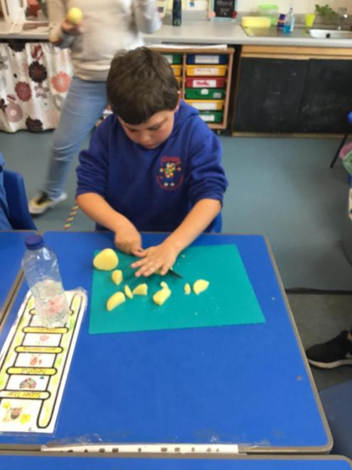 Using our safety knowledge during food preparation