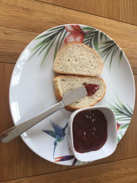 Samiksha made jam..  JAM!!!