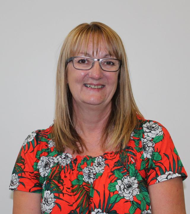 Liz Straw Y6 Teaching Assistant