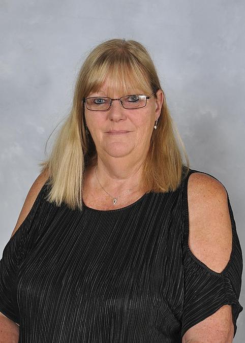 Mrs L Lynch -SEN Manager