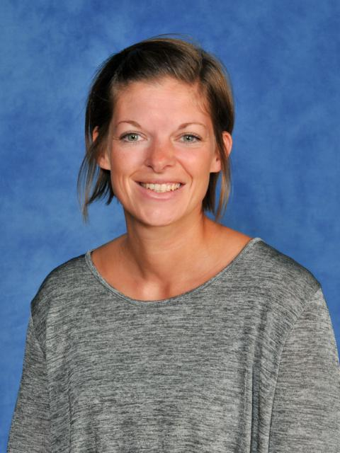 Mrs R Hinson - Year 6 Teacher