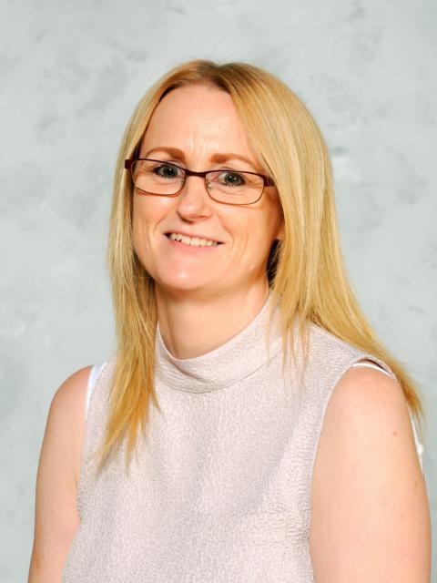 Mrs R Gittos - Year 6 Teacher