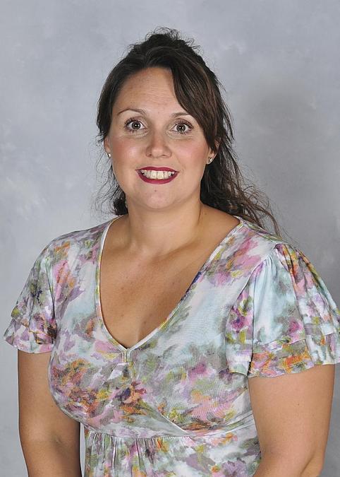 Mrs E Barnett - Year 5 Teacher