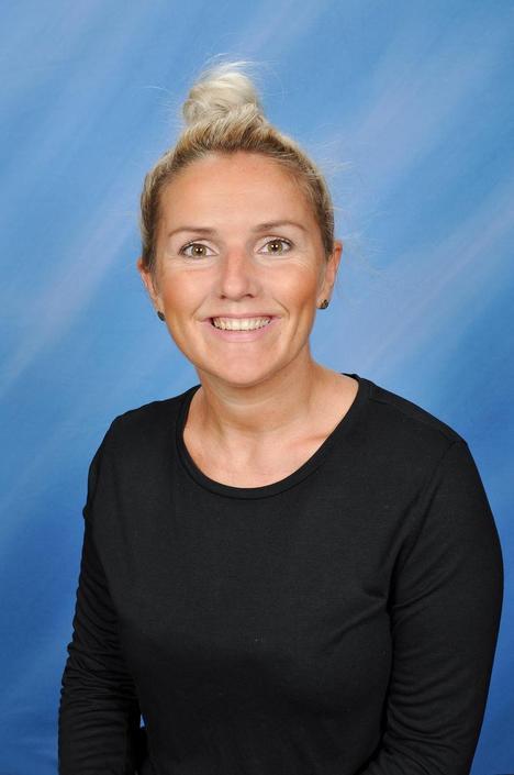 Miss. N Griffiths - Class Teacher & Key Stage 2 Leader