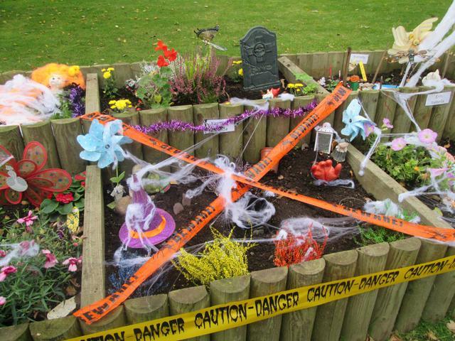 Halloween Garden mayhem in October 2015