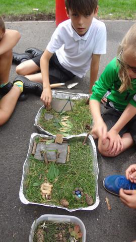 Yr 4 - Mini garden making using outside materials