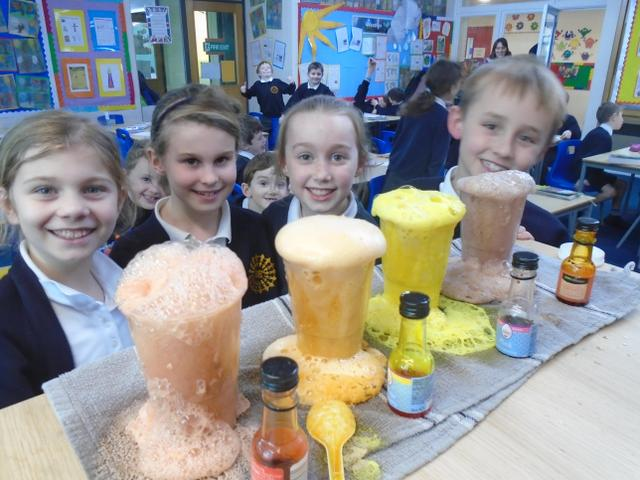 Year 3 Mad Science Lesson - Feb 2019