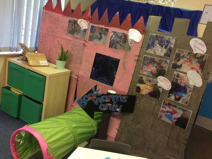 1E's winning Castle for book worms