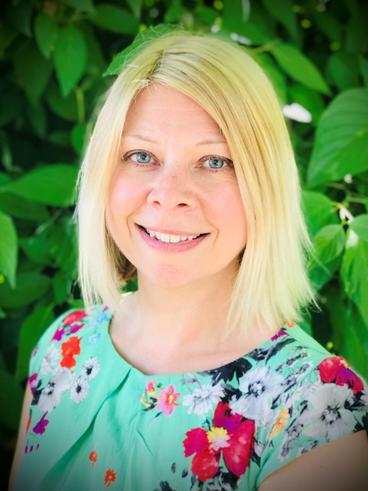 Mrs Lesley Belton - Teaching Assistant