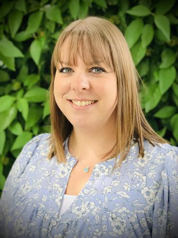Mrs Sarah Hunton - Y5 Teacher