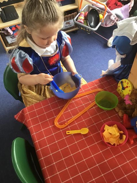Making some porridge for the bears.