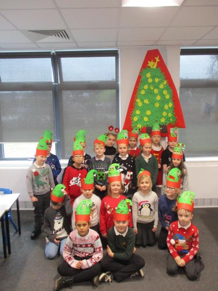 Hats on, ready for our Christmas dinner. Yummy!