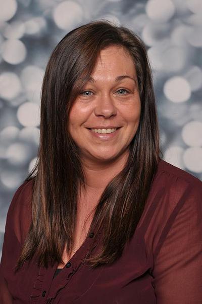 Miss Williams (Leader)