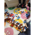 There were LOTS of monkeys in the bed - which sounds can you spot?