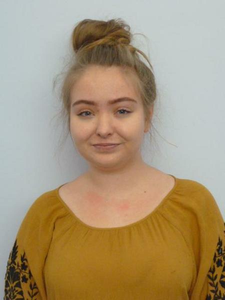 Miss Elizabeth Cooper - Year 1 Trainee teacher
