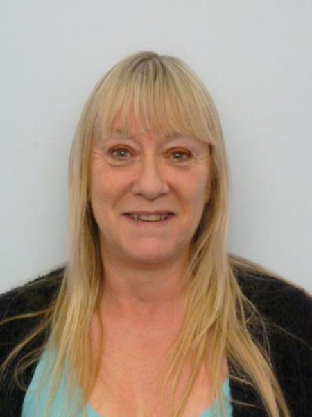 Mrs Julie Vince - HLTA