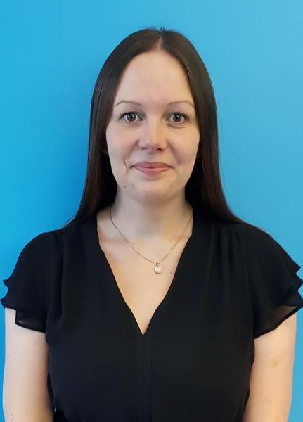 Mrs Rowena Rosson - Year 6 Teacher, Jackdaw
