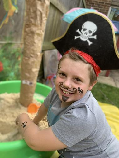 The pirate captain himself!