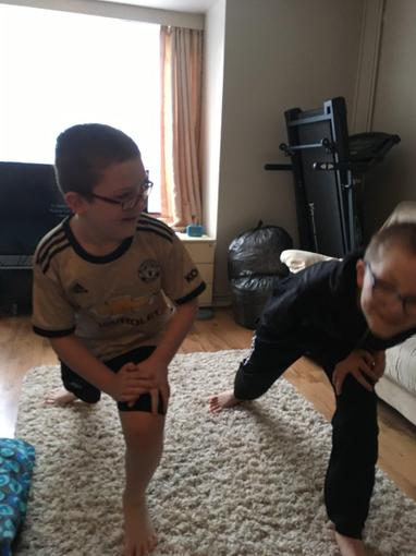 Ollie and Ryan's hardcore Viking workout!