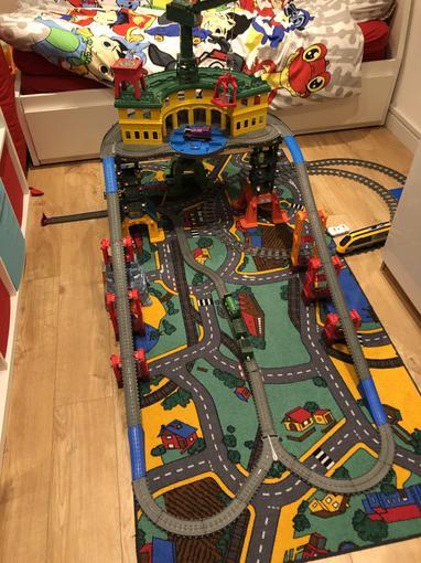 Ollie's train track