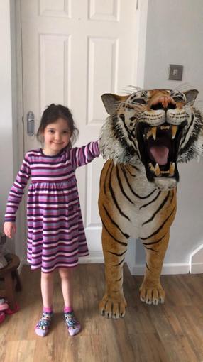 Isabelle meets a tiger - eek!