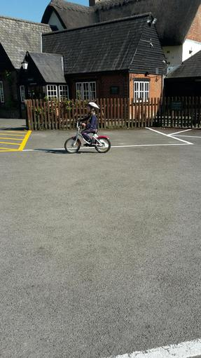 Niamh cycling without stabilisers