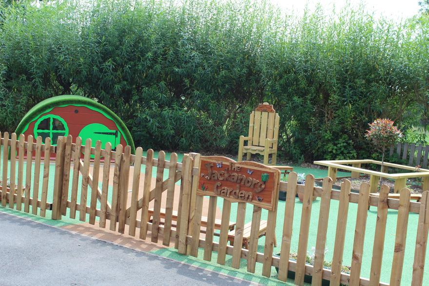 Key Stage 1 Reading Garden