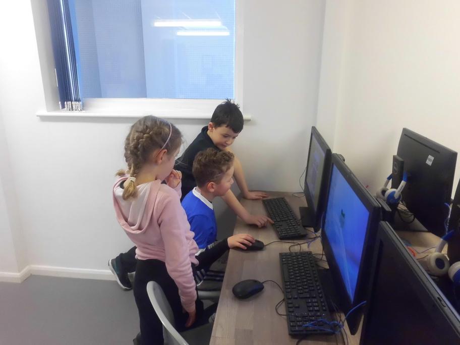 Digital Leaders running the year 2 computing club