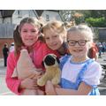 Wilbur  pig, Dorothy & Toto & Pippy Longstocking