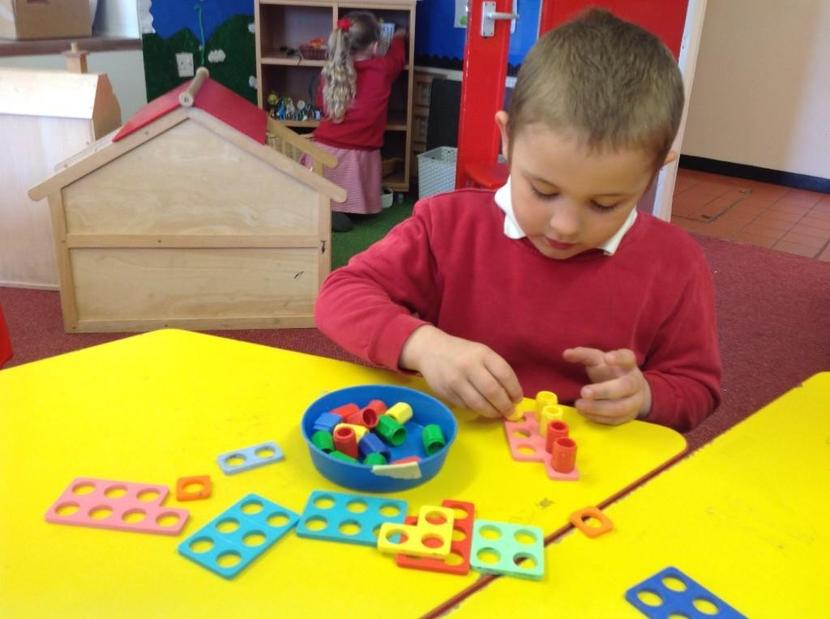 Estimating and counting with Numicon