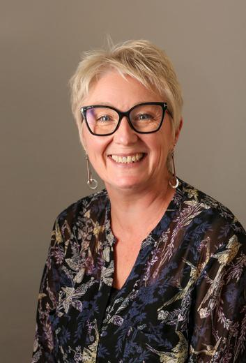 Mrs G Halliford Head of School (DSL)